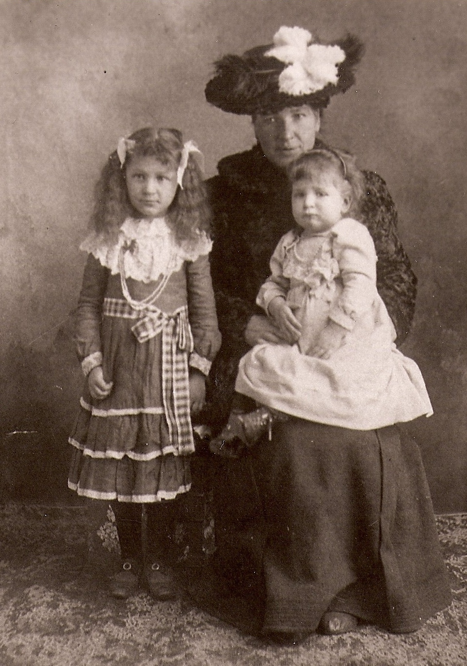 Tune in tomorrow at noon to Hoosier History Live to hear about  my new book America's Femme Fatale about serial killer Belle Gunness